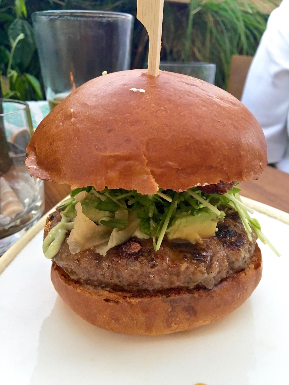 Pono Venice burger.jpg