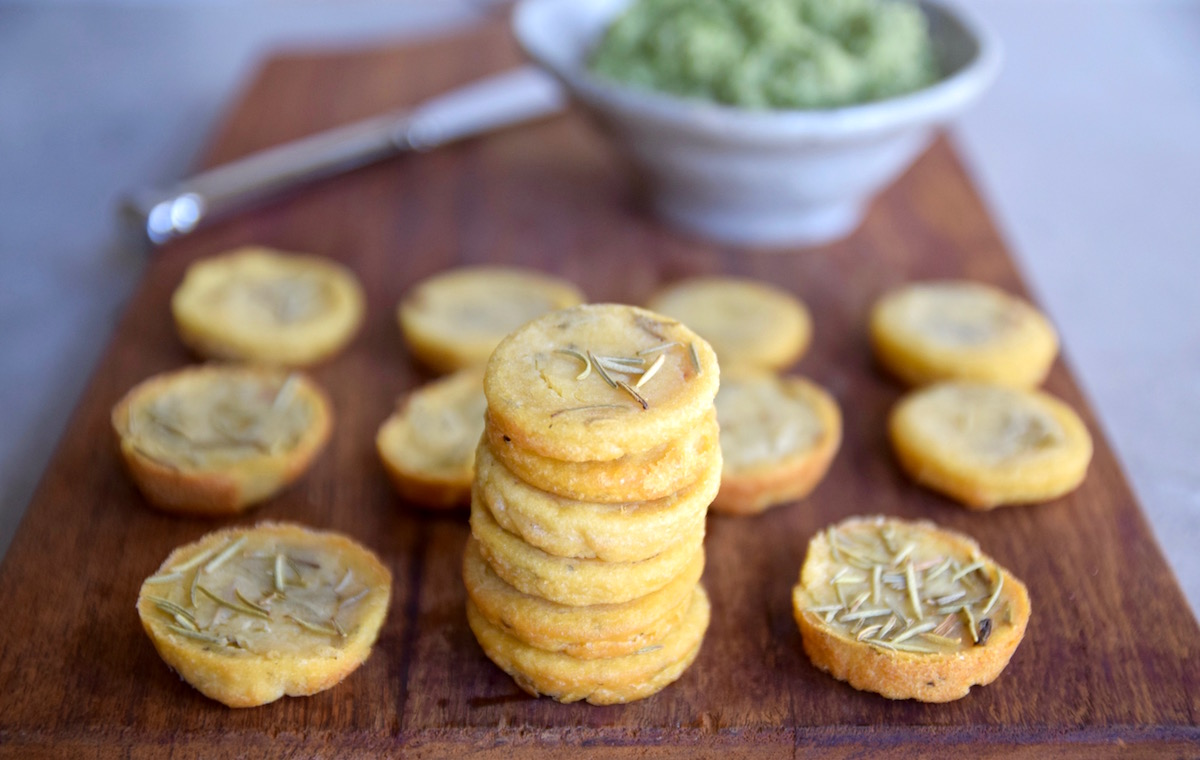 Ditch your crackers and crostini for these gluten free and dairy free mini socca rounds - great for holiday parties | TastingPage.com