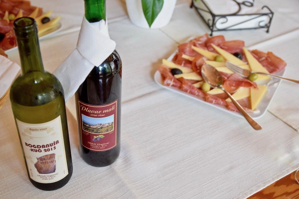 Hvar wine and food