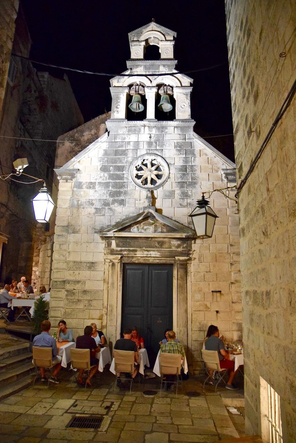 Dubrovnik church.jpg