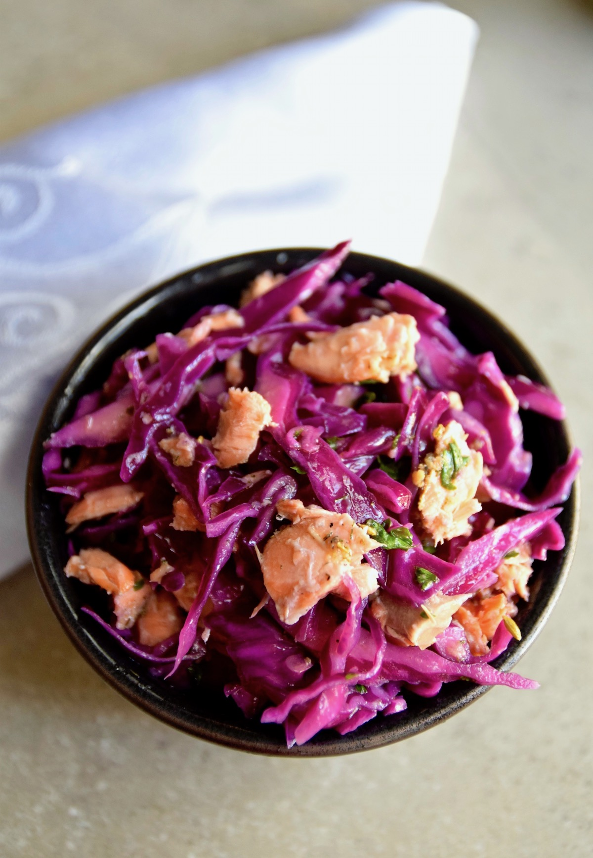 Fill your diet with antioxidant rich, colorful foods like this easy red cabbage salad | TastingPage.com