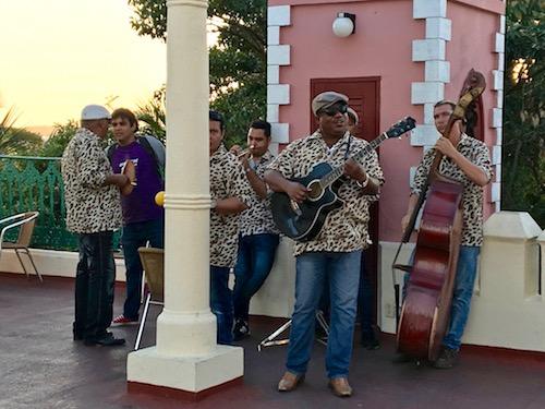 Placio de Valle live music.jpg