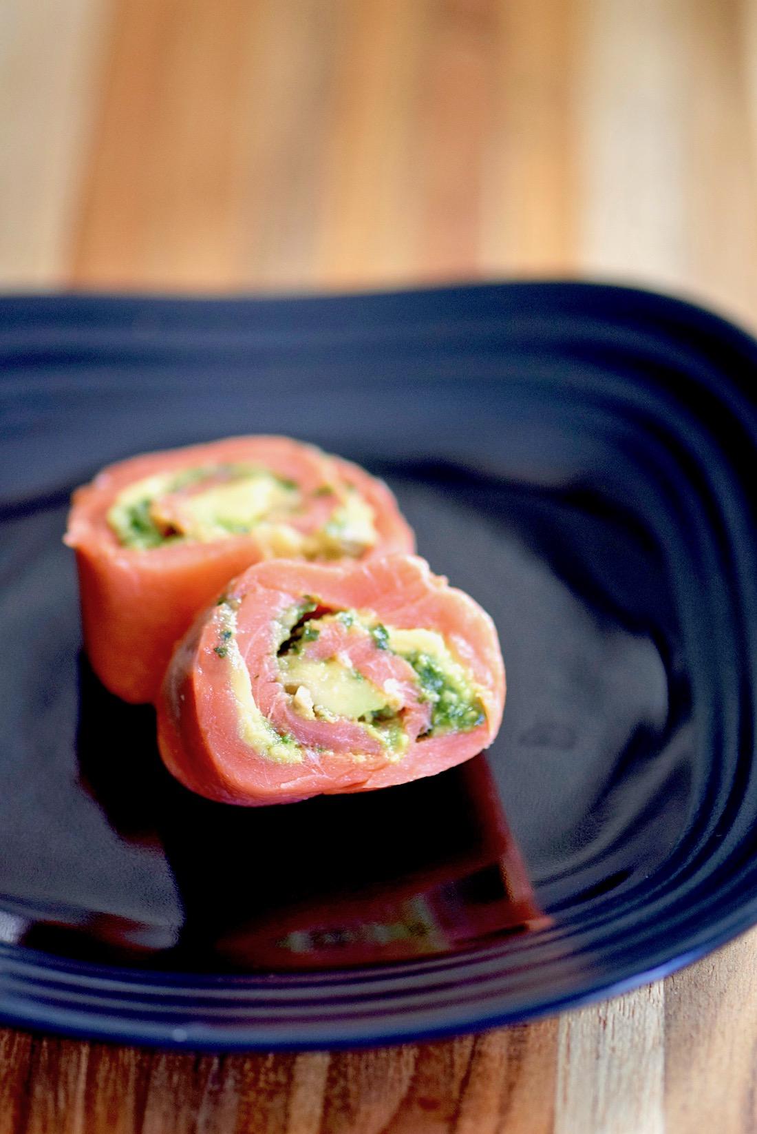Avocado Pesto Salmon Pinwheels - paleo, gluten free, dairy free | TastingPage.com