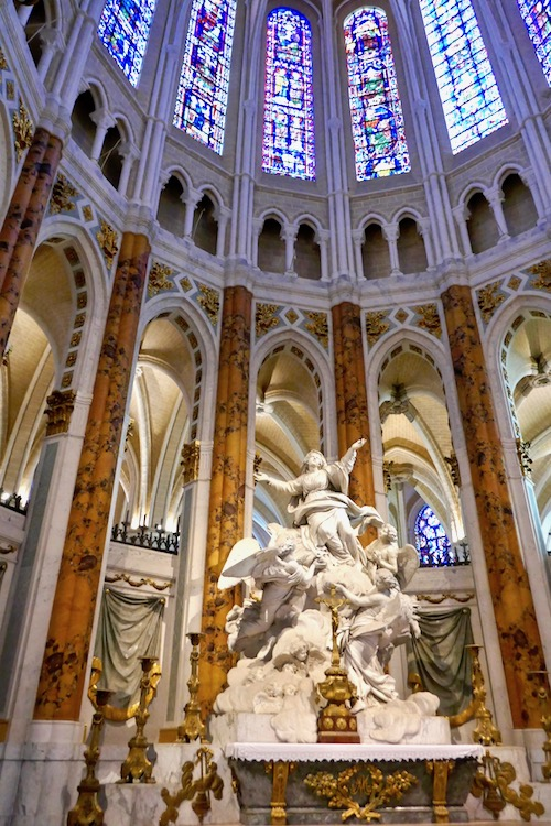 Chartres Cathedral Notre Dame France.jpg