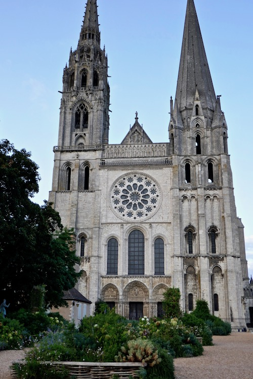 Chartres Cathedral.jpg