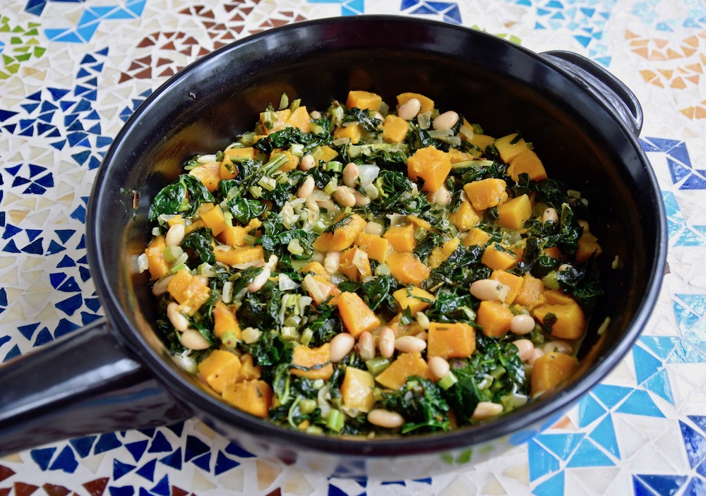 Kale sweet potato white bean skillet.jpg
