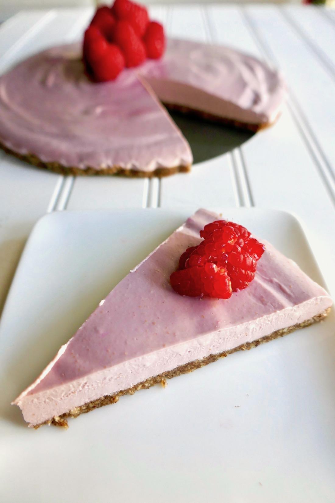 Gluten free vegan raspberry cheesecake