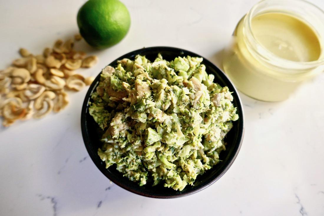 Paleo Curry chicken broccoli salad