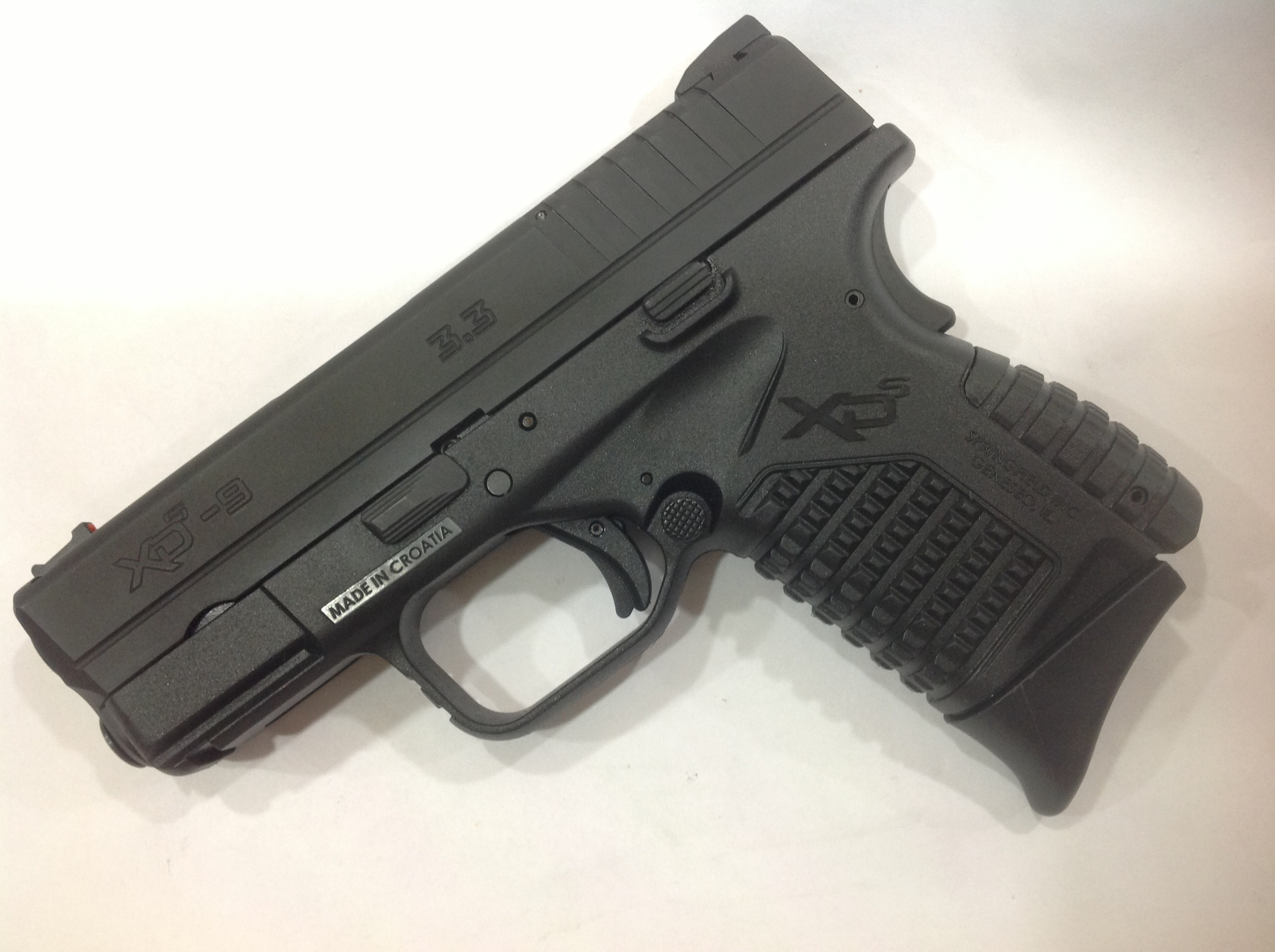 The current Pearce grip for the 45acp XDS installed on the 9mm XDS. It looks like it was specifically made for it.