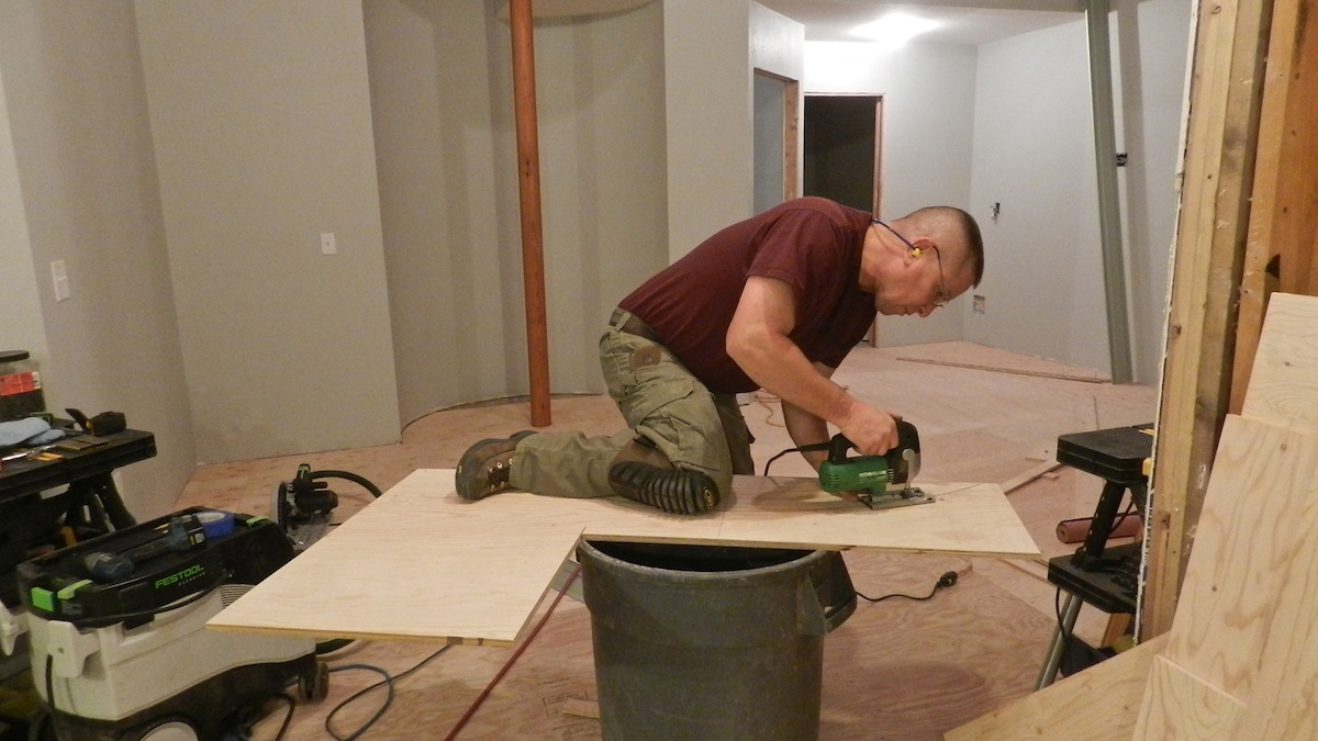 Cutting plywood underlayment takes as much skill to cut as furniture grade plywood.