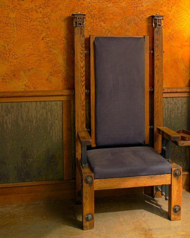 King's Chair by Andy Parent