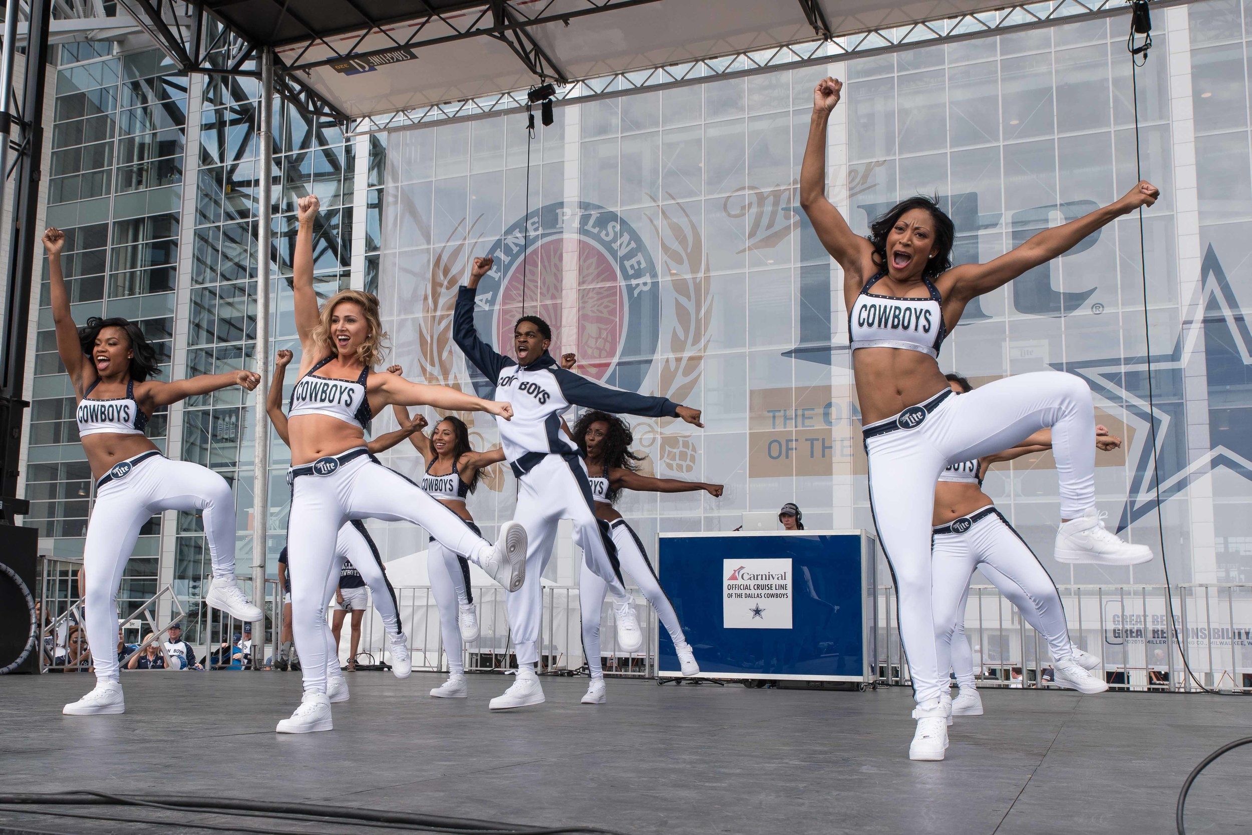 Dallas Cowboys Rhythm & Blue Dancers