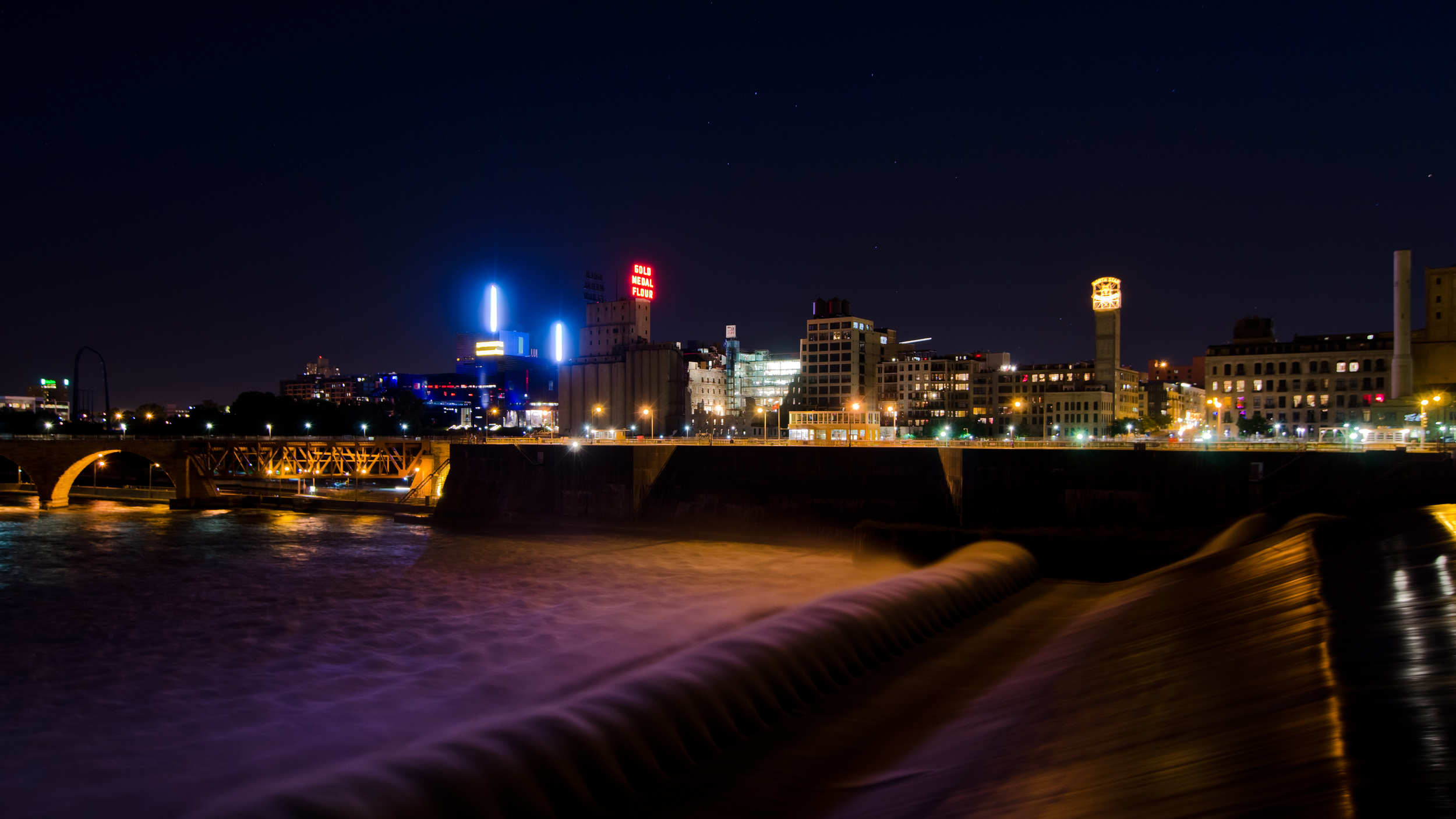 Mississipi River Front, Minneapolis, MN