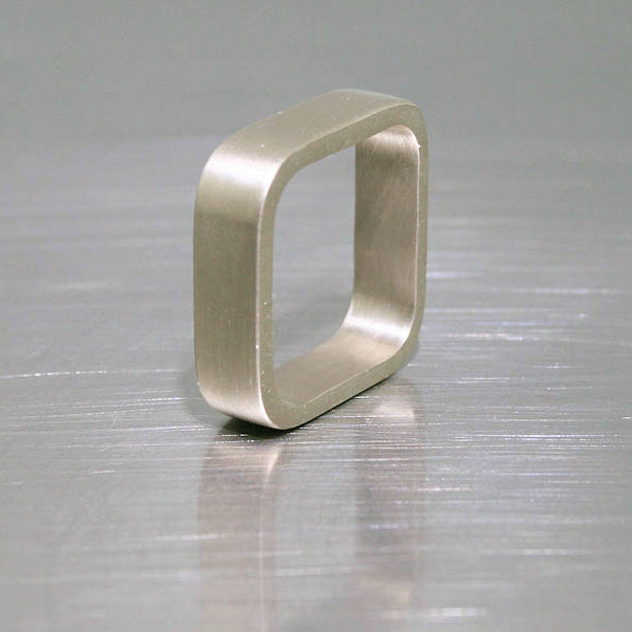 Item #21010089: Ladies' Rounded Square Band, 14KW Gold