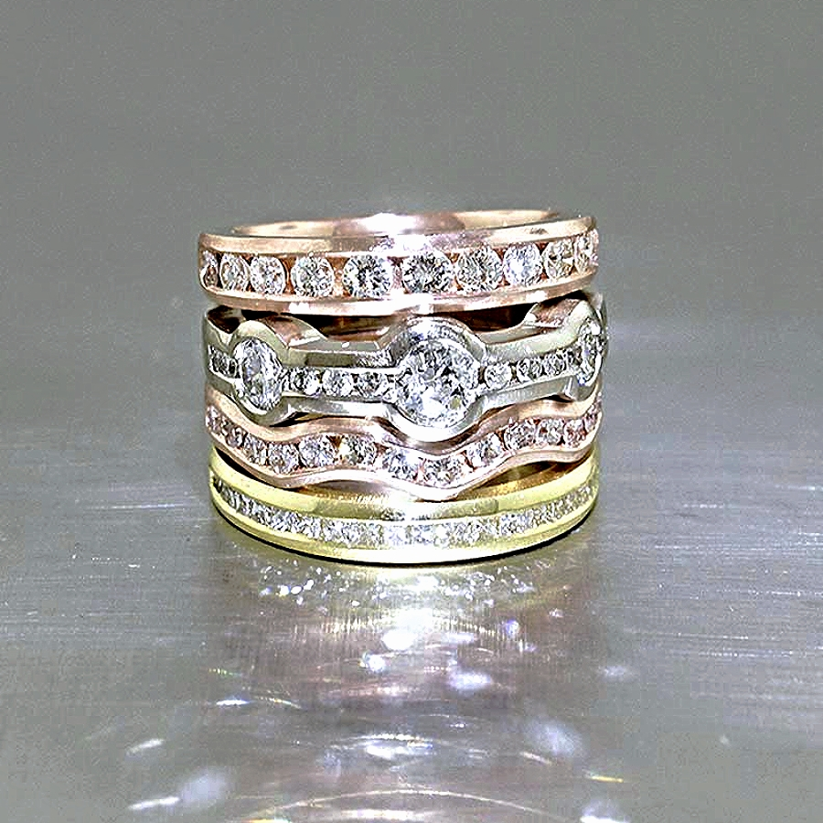 Style #10111946: Modern Nesting Diamond Bands in Rose, White & Yellow Gold