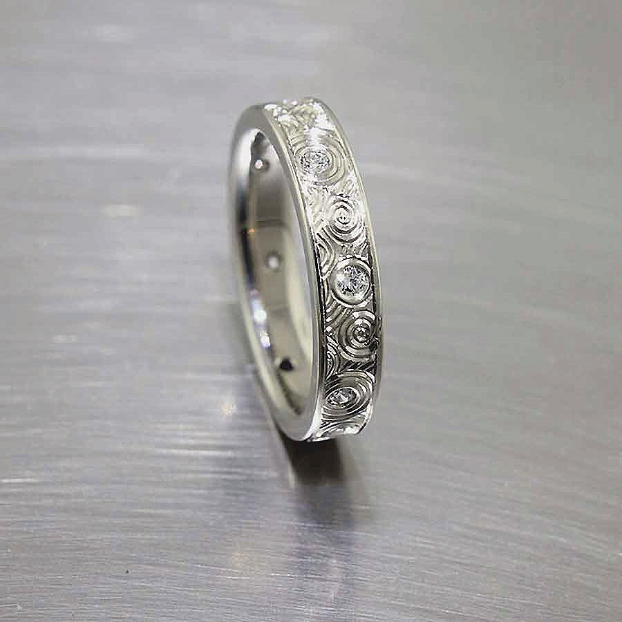 """Style #21110082: Exquisite White Gold Band w/ Diamonds & Swirling Hand-Engraved """"Starry Night"""" Motif"""