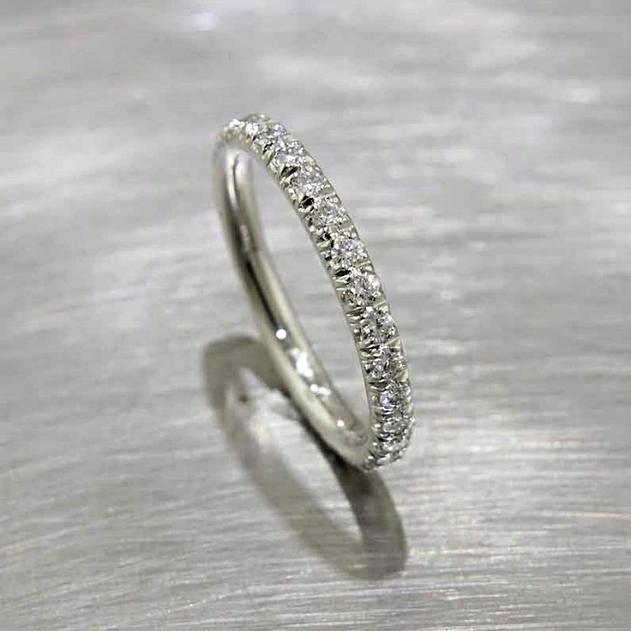 Style #21110089: Fishtail-Style Diamond Eternity Band in Platinum