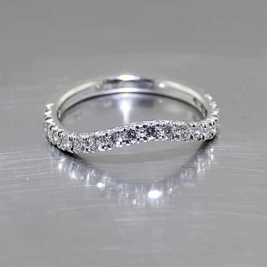 Style #21110097: Gently Curving Fitted Diamond Band in Platinum
