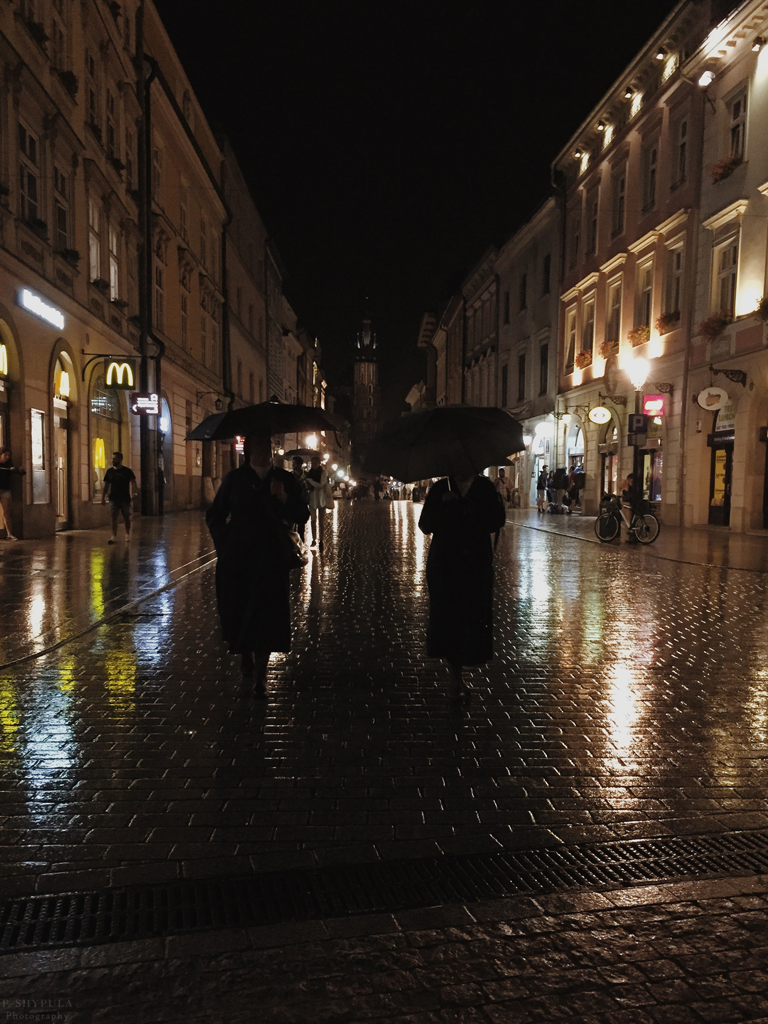 Two nuns in Krakow