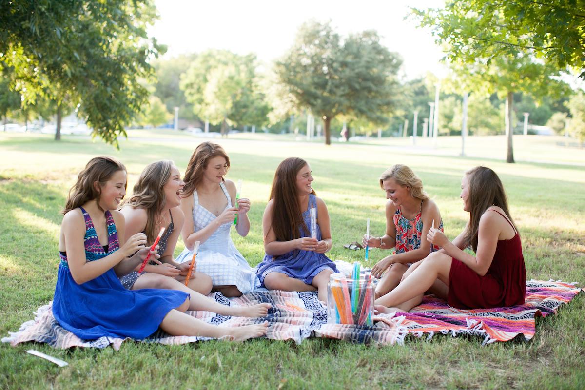 kate stafford photography | senior picnic