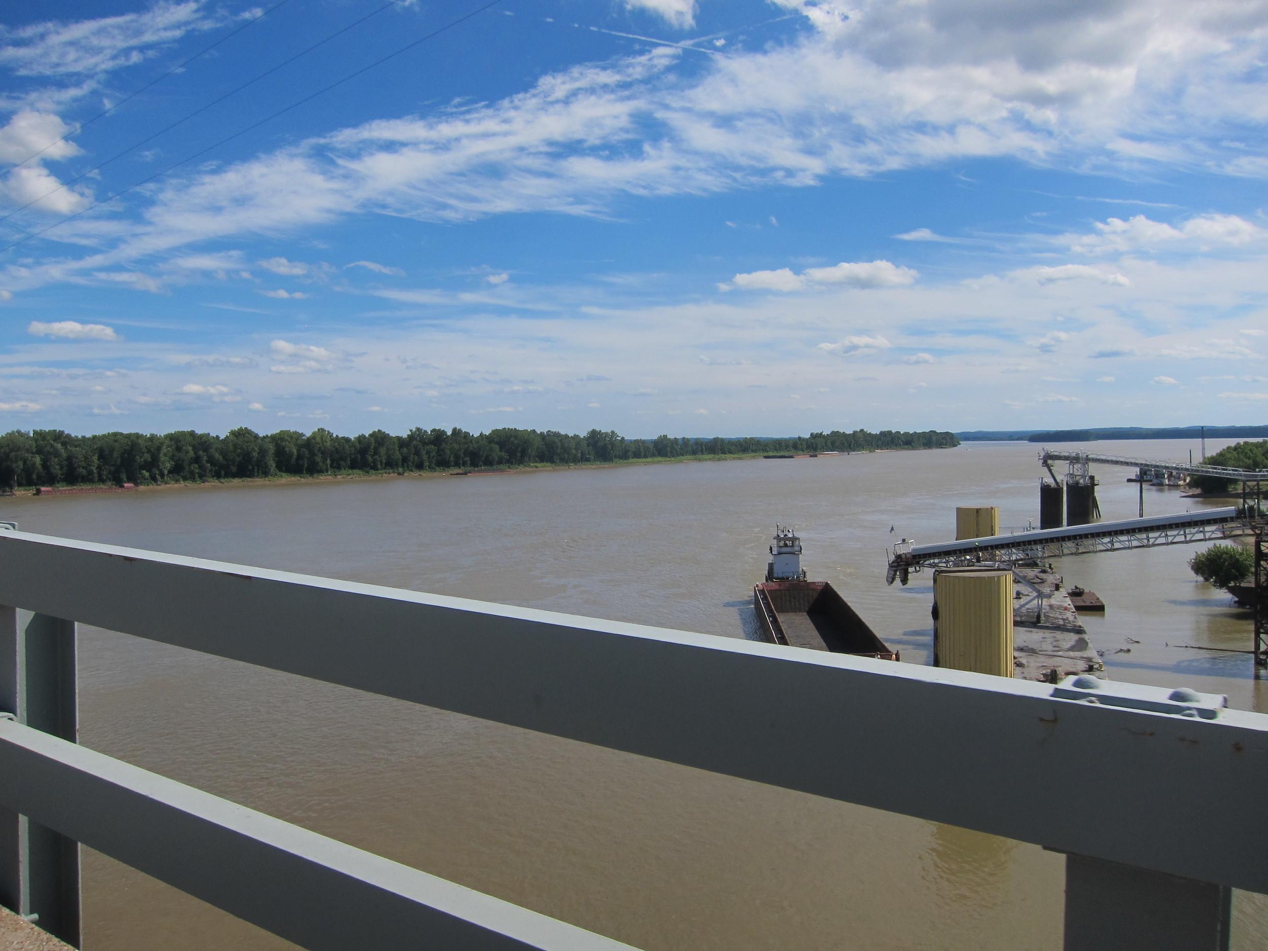 Crossing the Ohio River (Illinois/Kentucky border)