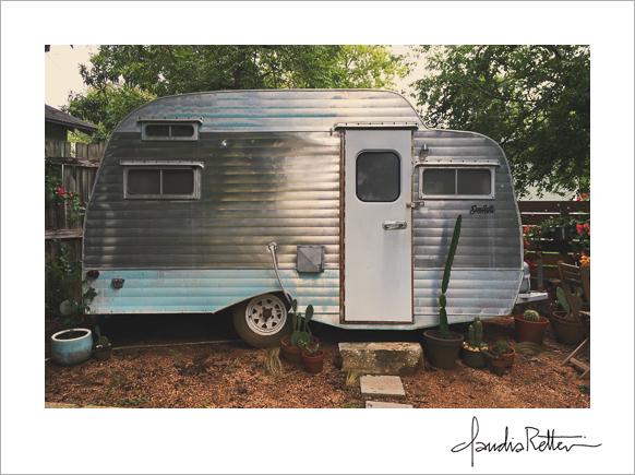 Scotty Camper, Airbnb