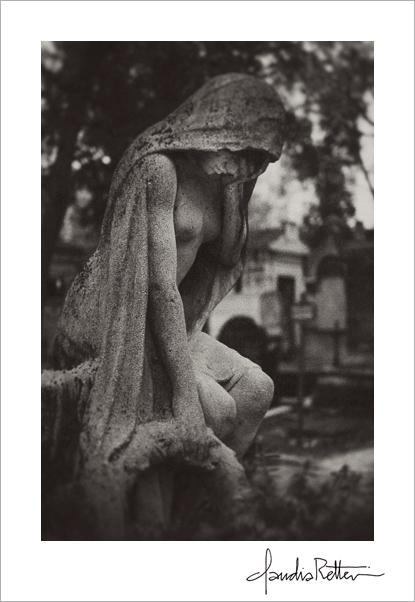 Weeping statue, Montmartre cemetery, Paris