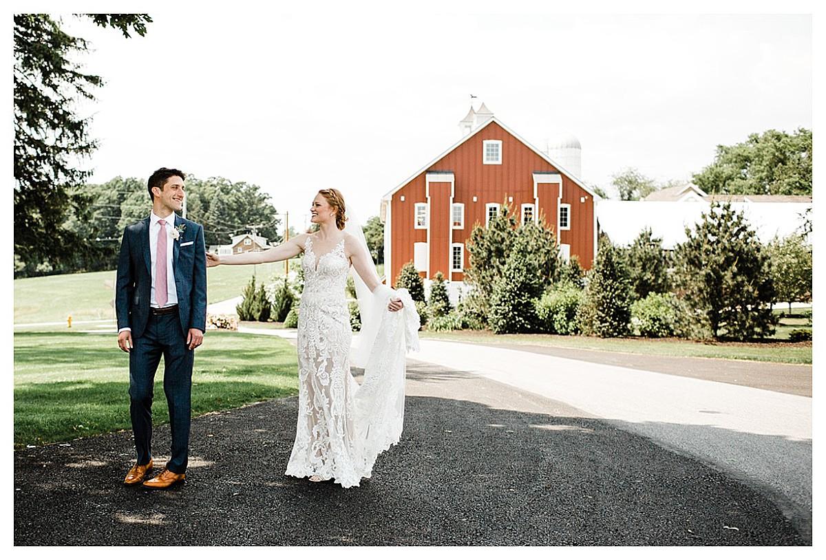 York_pa_Wyndridge_Farms_Wedding_erinelainephotography_0908.jpg