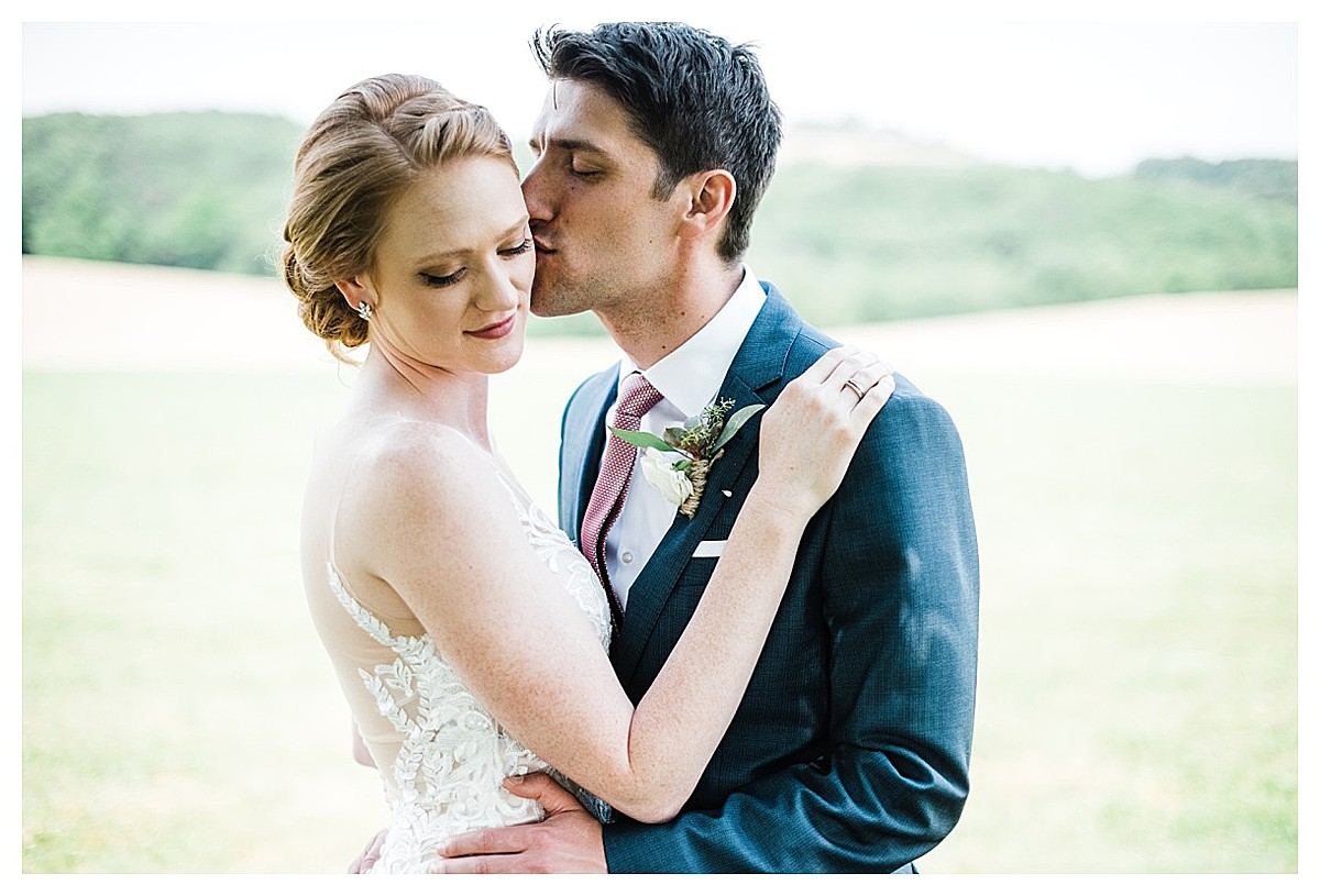 York_pa_Wyndridge_Farms_Wedding_erinelainephotography_0926.jpg