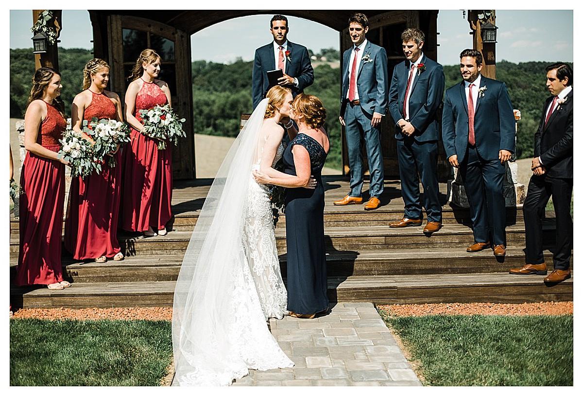 York_pa_Wyndridge_Farms_Wedding_erinelainephotography_0948.jpg