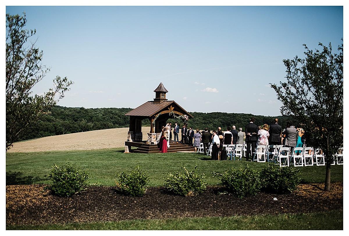 York_pa_Wyndridge_Farms_Wedding_erinelainephotography_0950.jpg