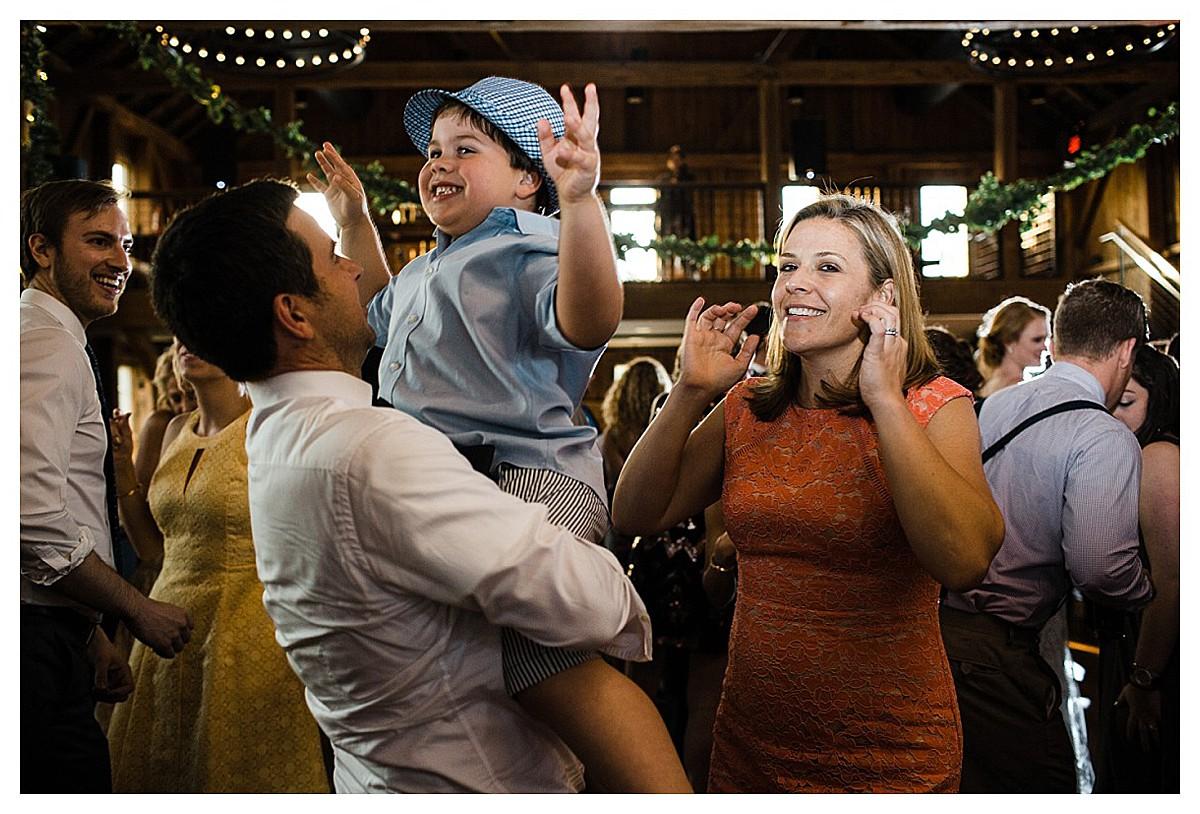 York_pa_Wyndridge_Farms_Wedding_erinelainephotography_1008.jpg