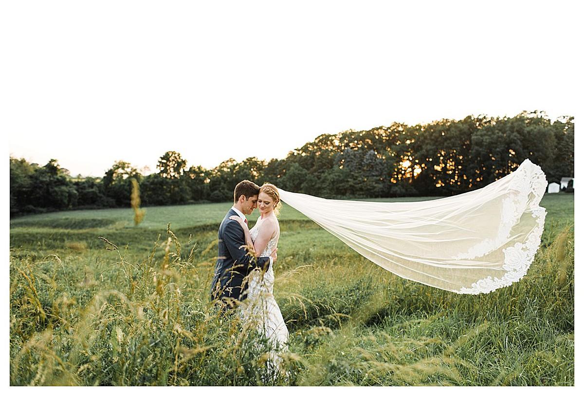 York_pa_Wyndridge_Farms_Wedding_erinelainephotography_1021.jpg