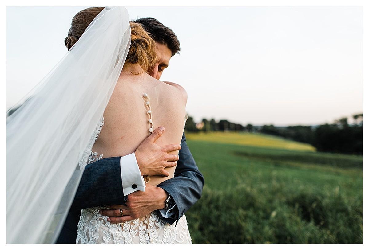 York_pa_Wyndridge_Farms_Wedding_erinelainephotography_1022.jpg