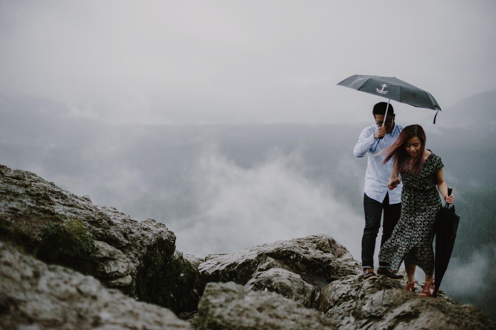 rainy_rattlesnake_ledge_engagement_kristenmarieparker-36.jpg