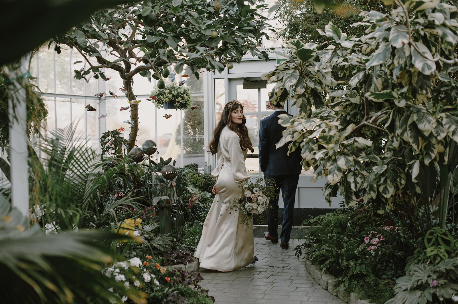 kristenmarieparker_tacoma_conservatory_warehouse_wedding065.JPG