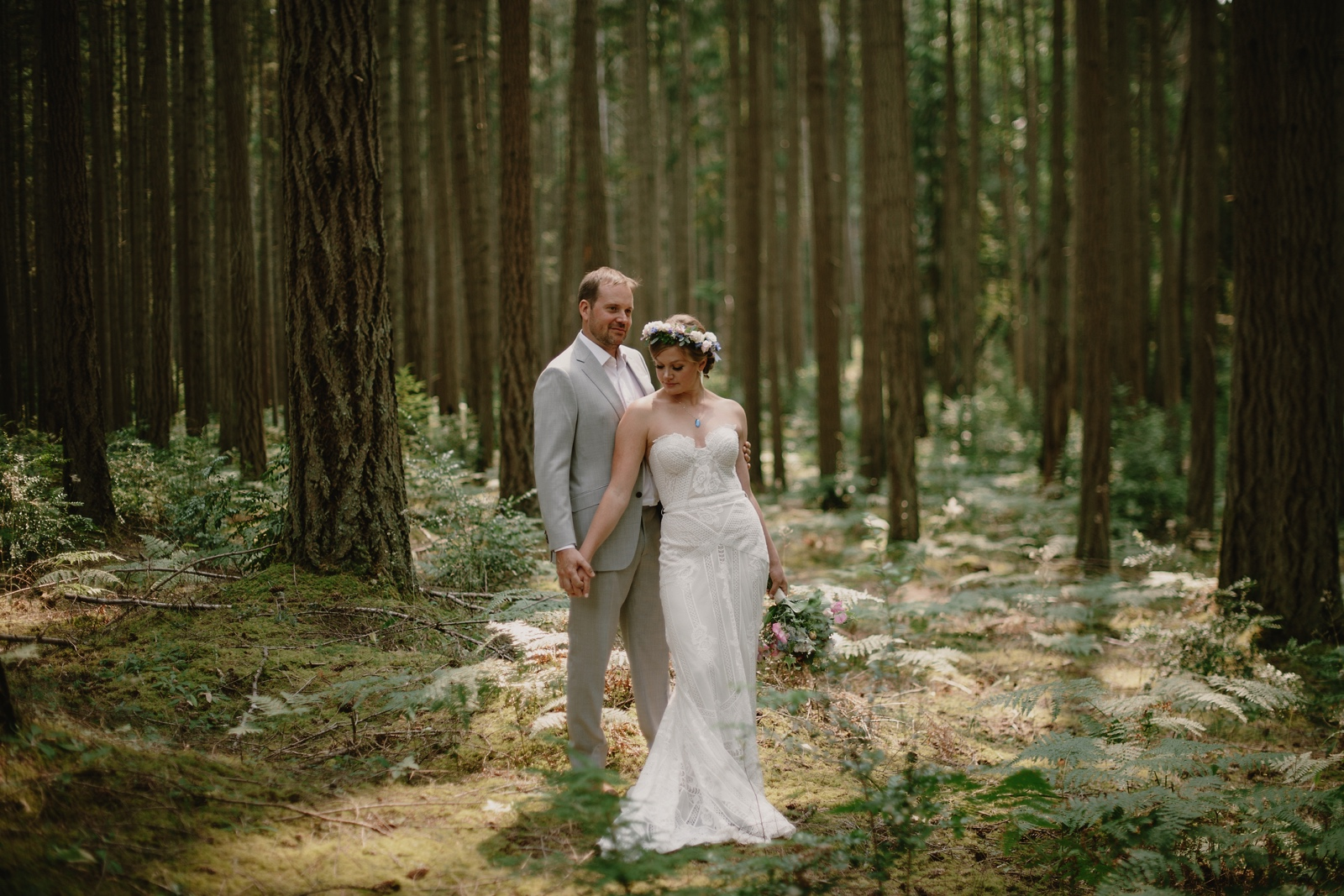 Backyard_Vashon_Island_Wedding_Kristen_Marie_Parker029.JPG