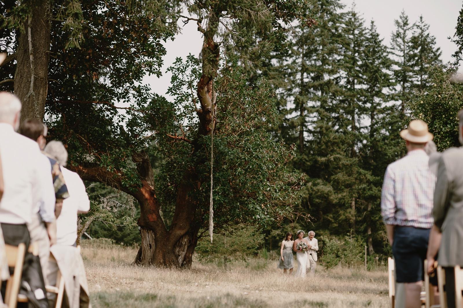 Backyard_Vashon_Island_Wedding_Kristen_Marie_Parker036.JPG