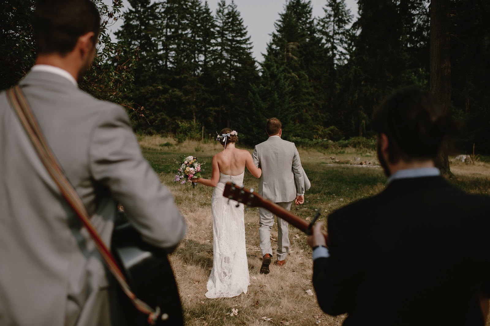 Backyard_Vashon_Island_Wedding_Kristen_Marie_Parker054.JPG