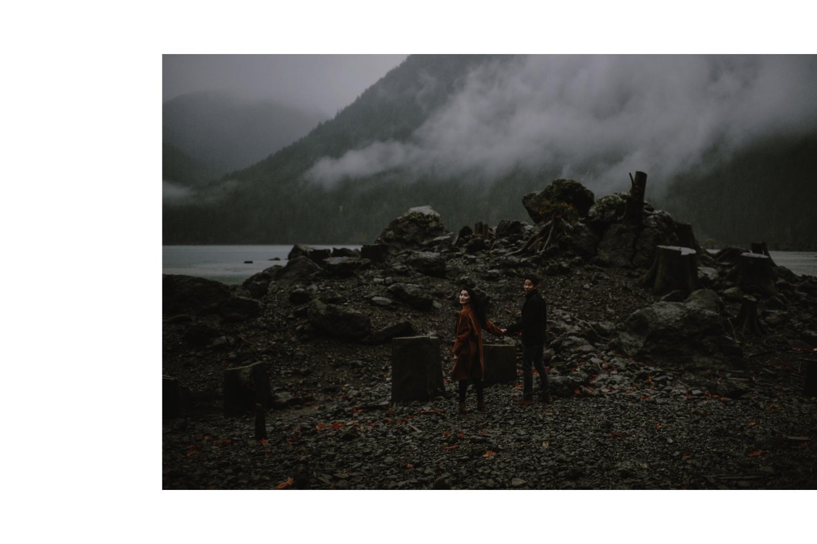 Rainy_Lake_Engagement_Session_Kristen_Marie_Parker013.JPG
