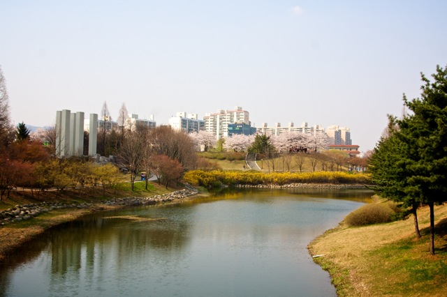 A beautiful Spring day in Olympic Park
