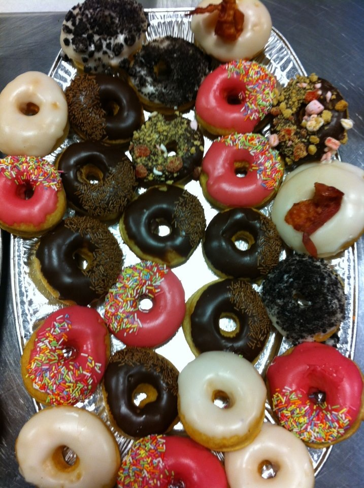 Moe's Donuts *Homer Drool Noise*
