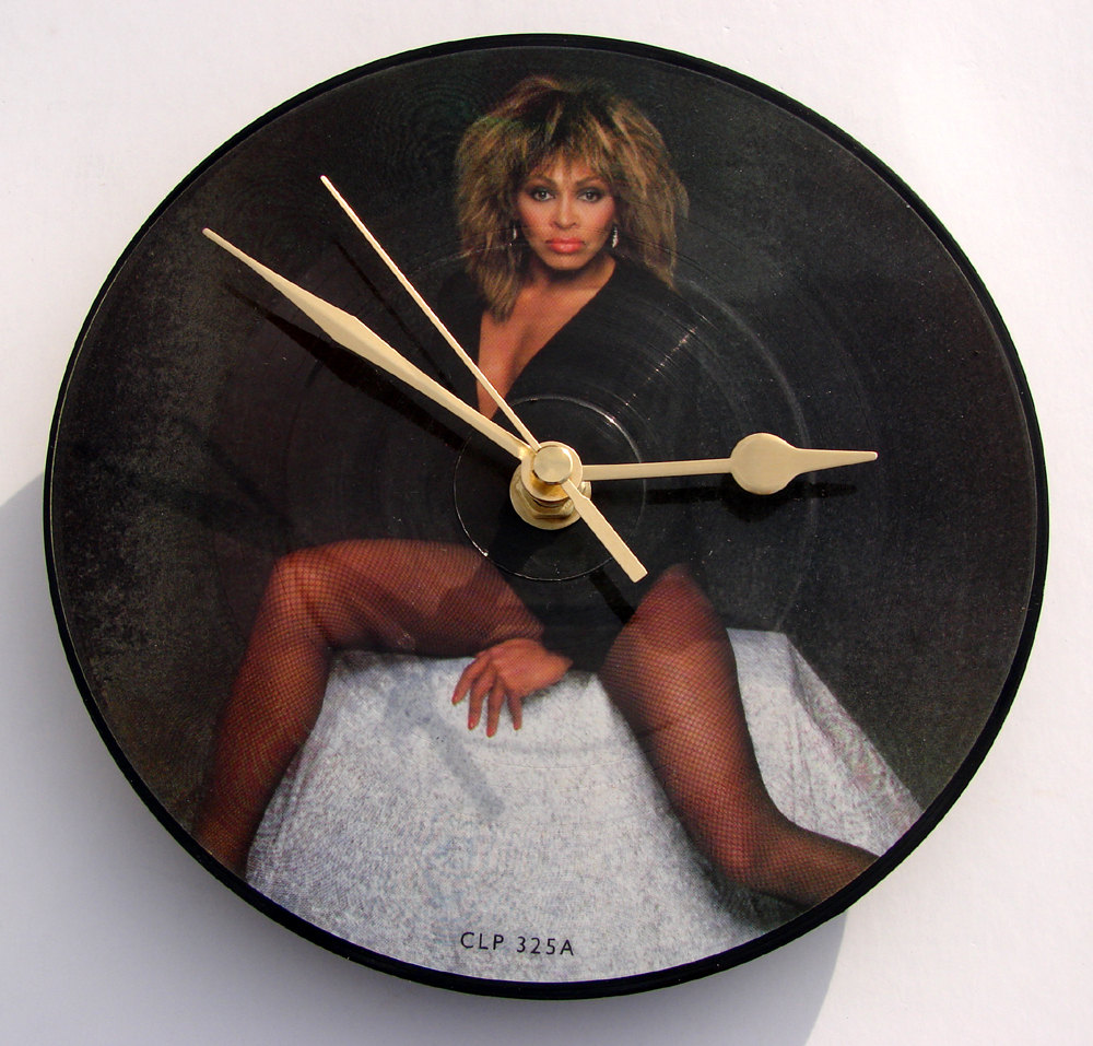 Splendid Vintage Vinyl Clocks. Dads' Christmas Presents Sorted.