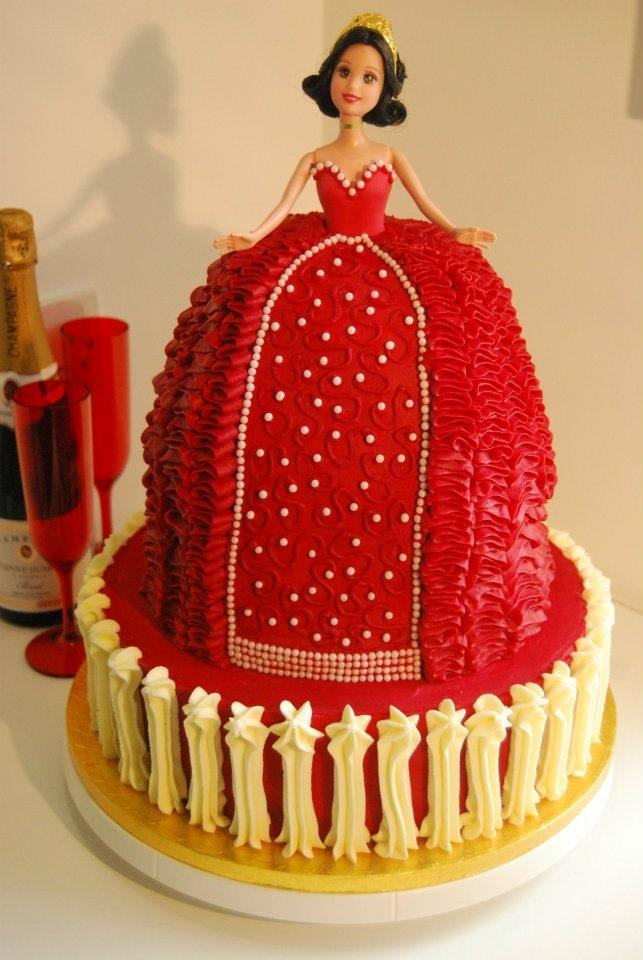 Hello, Dolly! Tackorama Doll Cake from Kitsch Cakes