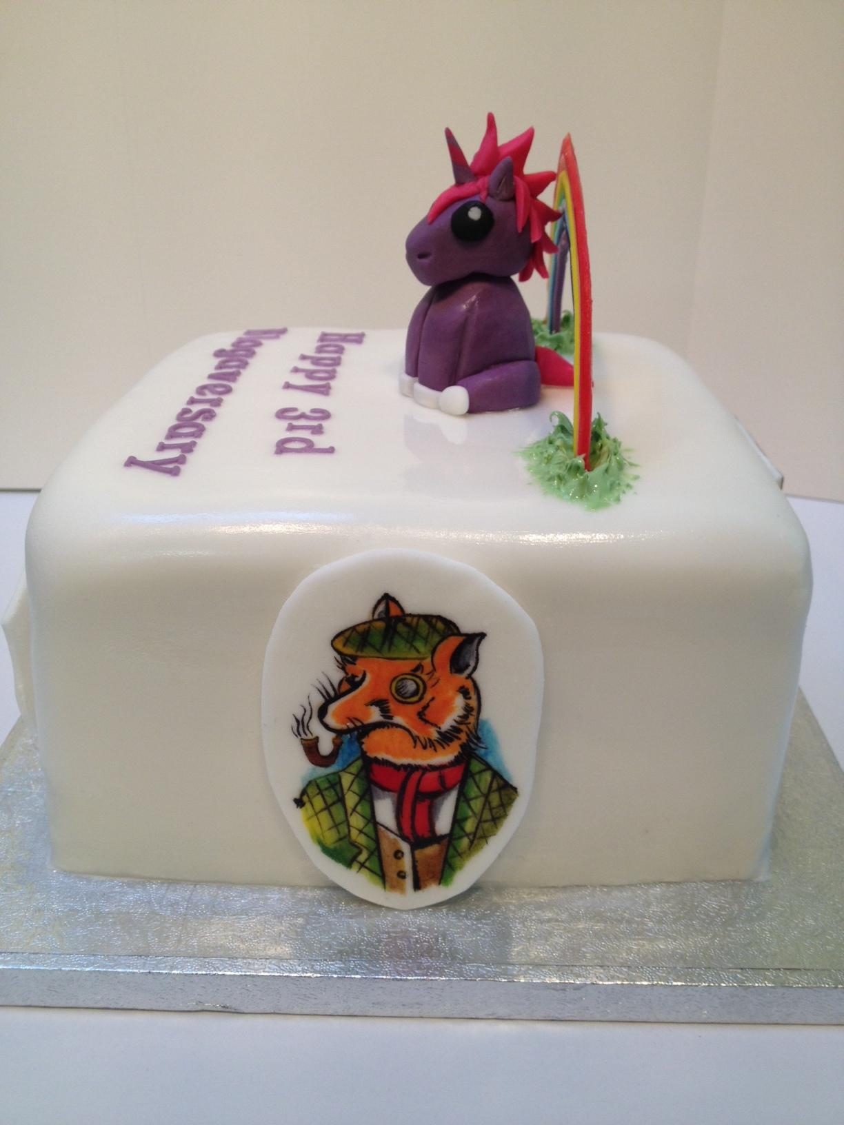 The World of Kitsch 3rd Blogaversary Cake!