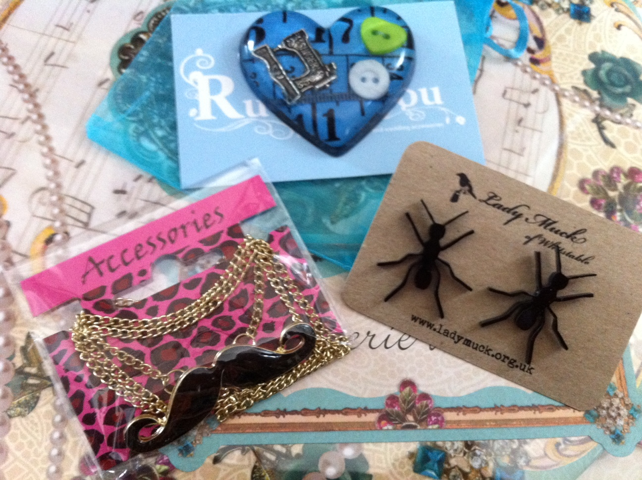 The HUGE £200+ World of Kitsch 3rd Birthday Giveaway