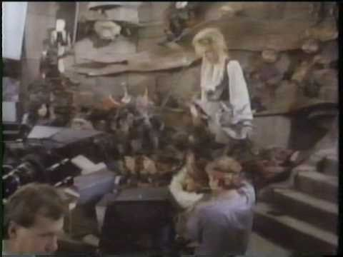 Startling & Sometimes Creepy Behind the Scenes Photos from David Bowie's Labyrinth