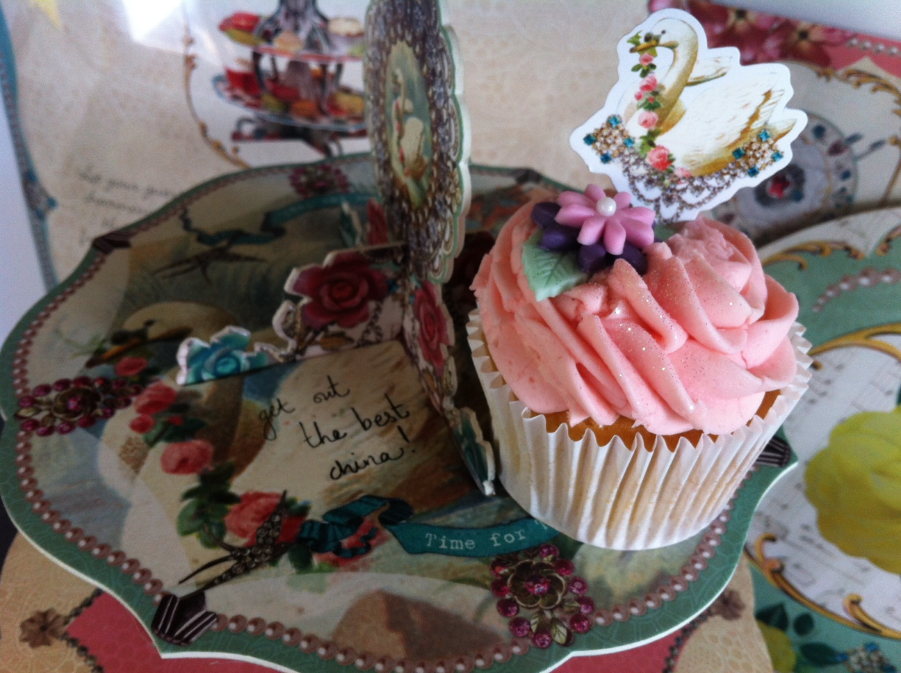 Cupcake Bakers, Prepare to Drool. Glorious Cake Stands from Talking Tables