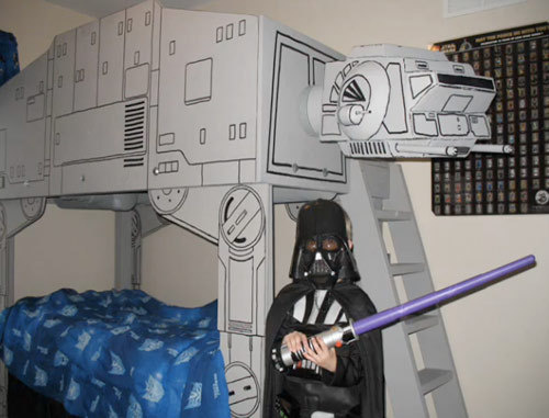 OH MY GOD Star Wars Spaceship Beds!