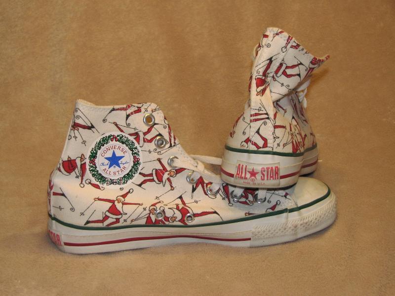 I want Christmas Converse!